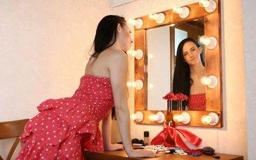 девушка, отражение, платье, брюнетка, взгляд, зеркало, волосы, лицо, veronica snezna