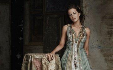 dress, model, actress, makeup, hairstyle, kate beckinsale, alex bramall, evening standard