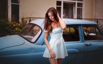 цветы, девушка, поза, брюнетка, дом, фигура, автомобиль, белое платье, ретро-автомобиль
