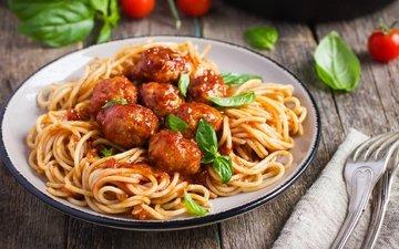 greens, meat, tomatoes, spaghetti, basil, pasta