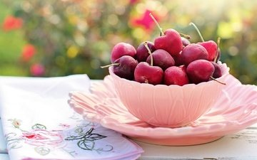 table, cherry, berries, napkin, plate, bowl