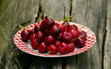 table, cherry, saucer, berries, wooden surface