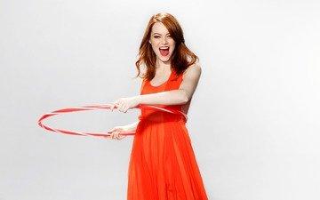 девушка, платье, взгляд, модель, лицо, актриса, эмоции, обруч, рыжеволосая, эмма стоун