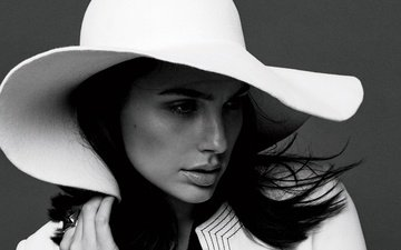 girl, portrait, look, black and white, hair, face, actress, hat, gal gadot, david roemer