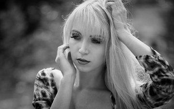 девушка, фон, портрет, взгляд, чёрно-белое, модель, волосы, губы, лицо, софья