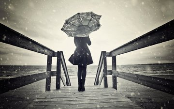 snow, shore, girl, mood, bridge, black and white, model, umbrella, wooden bridge
