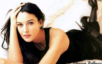 girl, brunette, look, hair, face, actress, monica bellucci