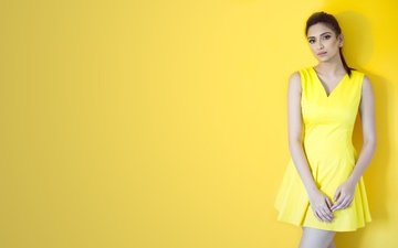 girl, pose, brunette, model, actress, figure, yellow dress, roshmitha harimurthy, rosita, harimurti