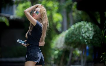 girl, blonde, glasses, model, asian, shorts, noree key wijitra