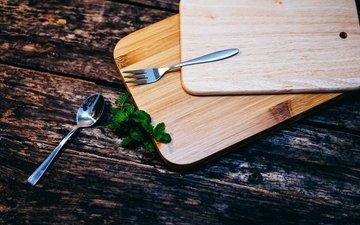 мята, овощи, ложка, разделочная доска