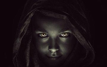 девушка, портрет, модель, лицо, темнота, пирсинг, капюшон