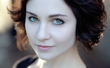 girl, portrait, look, lips, actress, short hair, celebrity, pink lipstick, tuppence middleton