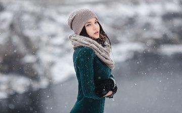 снег, зима, девушка, брюнетка, шапка, позирует, ангелина петрова
