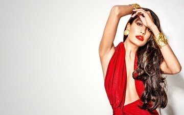 girl, pose, brunette, model, hair, lips, face, actress, makeup, figure, bollywood, lisa haydon