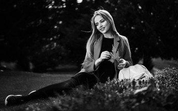 девушка, улыбка, чёрно-белое, сидя, мэри джейн, иван горохов
