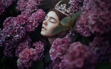 flowers, girl, mood, face, crown, closed eyes, hydrangea, bella kotak