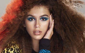 девушка, взгляд, модель, кудри, волосы, лицо, макияж
