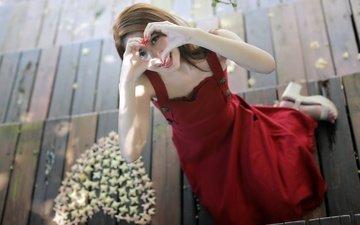 девушка, настроение, улыбка, сердечко, сердце, азиатка, красное платье