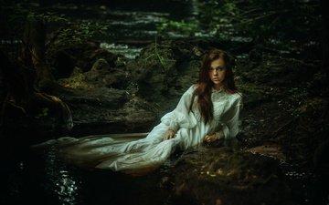 девушка, платье, поза, ручей, взгляд, волосы, лицо, tj drysdale, ариель