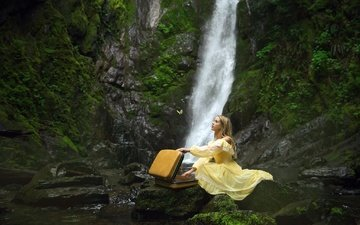 girl, dress, waterfall, model, cave, suitcase, sitting, lichon photography, oldstream, goldstrim