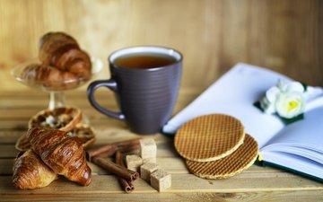 корица, чай, книга, сахар, выпечка, вафли, круассаны