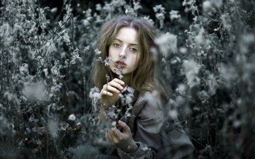 flowers, nature, style, girl, portrait, look, model, hair, greta larosa