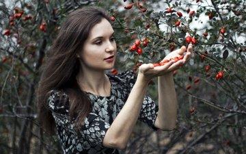природа, девушка, платье, ягода, сад, модель, фотосессия, артур кантемиров, ольга рыкова