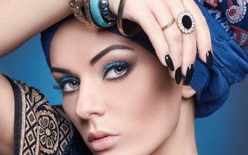 рука, украшения, стиль, девушка, кольцо, макияж, ресницы, браслеты, маникюр