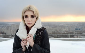 winter, girl, blonde, the city, look, hair, face, makeup