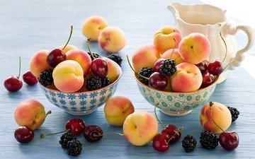 фрукты, ягоды, вишня, посуда, ежевика, абрикосы