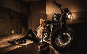 девушка, поза, шлем, модель, ножки, волосы, мотоцикл, laurent kac