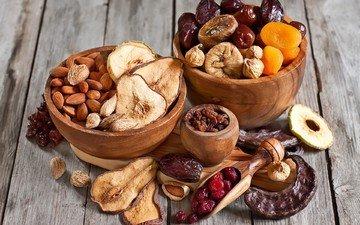 орехи, вишня, яблоко, груша, миндаль, изюм, инжир, курага, сухофрукты, финики