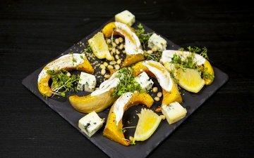зелень, орехи, лимон, сыр, черный фон, овощи, тыква, фета, орегано