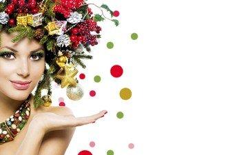 новый год, шары, улыбка, белый фон, звездочки, макияж, красотка