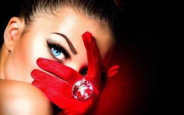 девушка, взгляд, кольцо, макияж, украшение, крупно, красивые глаза, красные перчатки, лоб