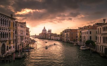 the sky, morning, the city, venice, channel, italy