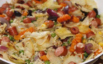 овощи, колбаса, горох, морковь, рис, салат, блюдо, макароны
