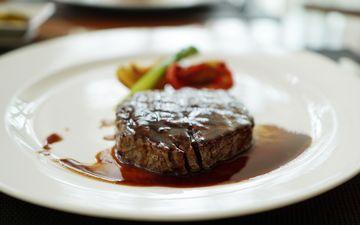 мясо, соус, блюдо, стейк