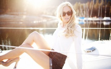 girl, pose, blonde, summer, glasses, shorts