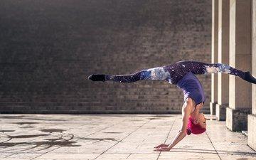 gymnast, stretching, twine, grace, quincy azzario
