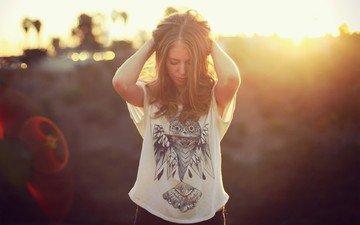 девушка, блондинка, модель, волосы, футболка, солнечные лучи, фотосессия