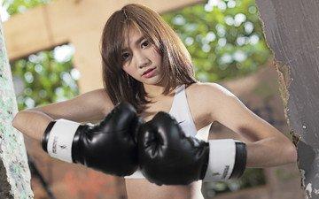 девушка, взгляд, волосы, спорт, азиатка, боксерские перчатки