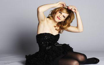 модель, ноги, актриса, черное платье, красная помада, эмма уотсон, фотосессия, знаменитость