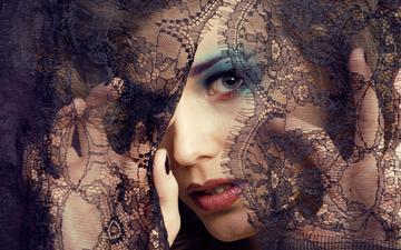 девушка, портрет, взгляд, модель, ткань, губы, лицо, руки, макияж, тени, ресницы, кружево