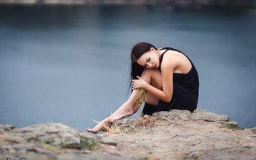 река, девушка, настроение, платье, поза, брюнетка, грусть, ножки, обрыв, ангелина петрова, denis petrov