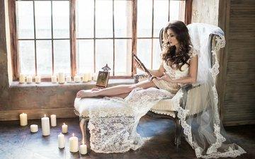 свечи, девушка, брюнетка, модель, кресло, окно, белое платье, невеста, сидя