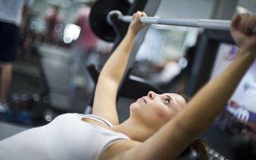 девушка, поза, модель, грудь, руки, фитнес, штанга, тренажерный зал, упражнения