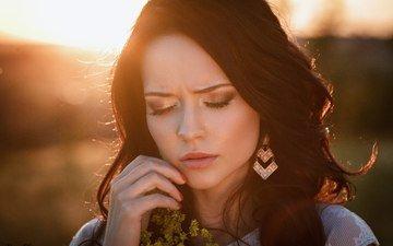 девушка, цветок, портрет, брюнетка, грусть, модель, лицо, сёрьги, закрытые глаза, ангелина петрова, денис петров