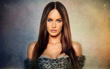 девушка, портрет, взгляд, модель, меган фокс, губы, актриса, декольте, голубоглазая, голые плечи
