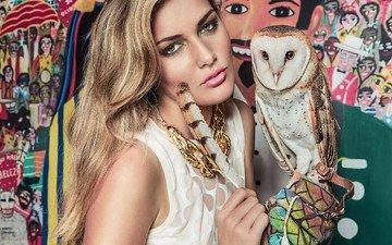 сова, девушка, блондинка, модель, птица, макияж, перо, ожерелье, сипуха, isadora vilarim